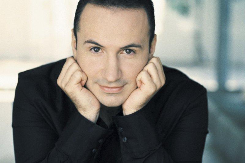 Simon Trpčeski, piano